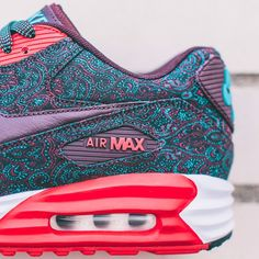 The Air Max Lunar90 places Nike Air technology inside a dynamic Lunarlon midsole to deliver twice as much cushioning beneath an eye-catching paisley upper. #airmax Coming September to nike.com/sportswear.