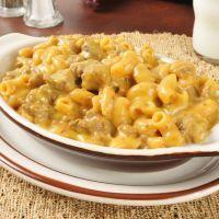 Easiest crockpot cheesy ground beef macaroni