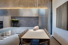 Simple Modern Dining Room Decor