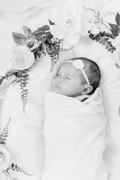 Galleries / Avery's Newborn Session | The Little Umbrella - Photo by Kaysen…