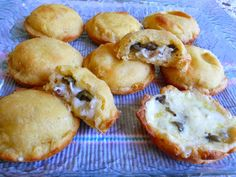 SPLENDID LOW-CARBING BY JENNIFER ELOFF: MIRACLE DOUGH JALAPENO POPPERS - Hmmm, these were rather addictive! Great, substantial appetizer! Visit us for more super recipes at: https://www.facebook.com/LowCarbingAmongFriends