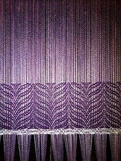 Cool Pattern    Ravelry: diJeannene's Lavendar woven scarf