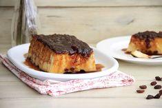 Pudin de pan con uvas pasas - Recetas Thermomix | MisThermorecetas Tapas, A Food, French Toast, Breakfast, Robot, Bread Puddings, Pound Cake, Sweets