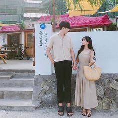 Korean Couple, Ulzzang Couple, Couple Outfits, Fashion Couple, Couple Goals, Couple Style, Idole, Cute Couples, Relationship Goals