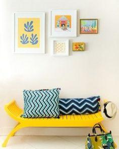 O amarelo é uma cor que trás alegria ao ambiente. Ela pode estar nos móveis em…