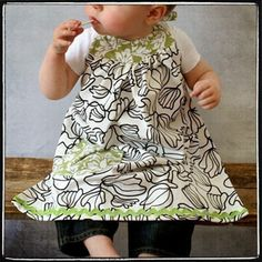 Leila & Ben Retro Apron - Downloadable Pattern--I'm thinking baby Evelyn needs this!