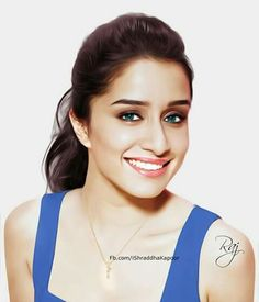 The very Charming Shraddha Kapoor Bollywood Photos, Bollywood Actors, Bollywood Celebrities, Bollywood Fashion, Prettiest Actresses, Beautiful Actresses, Shraddha Kapoor Cute, Sraddha Kapoor, Saree Photoshoot