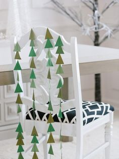 #Christmas tree cut-out chair swag for #holiday entertaining.