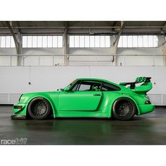 Cool green Porsche 911 mmm! Ferdinand Porsche, Custom Cars, Luxury Cars, Porsche Cars, Porsche Wheels, Porsche 911 964, Exotic Sports Cars, Exotic Cars, Green Cars
