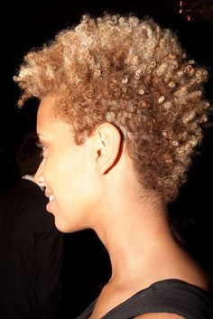 Found my hairstyle! I will be growing my twa into this, gradually. just keeping the sides slightly shorter as it grows out more. Curly Hair Styles, Natural Hair Styles, Natural Beauty, Tapered Natural Hair, Natural Hair Inspiration, Natural Hair Journey, Hair Dos, Cool Hairstyles, Beautiful Hairstyles