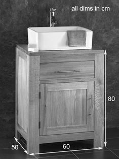 ATUM HOME 600mm Vanity Unit Free Standing Cloakroom Vanity Unit Grey Vanity Units with 2 Swing Doors