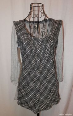 ONE SEPTEMBER TOP P Pettie Small Gray Knit Centered Plaid Pullover ANTHROPOLOGIE #OneSeptember #KnitTop #Casual