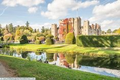 A view from across the second moat, Hever Castle, Kent, England Beautiful Castles, Beautiful Places, Garden Archway, Day Trips From London, Kent England, Picture Postcards, You Are The World, British Isles, Where To Go