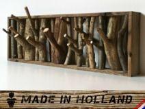 Handgefertigte Garderobe aus Holz
