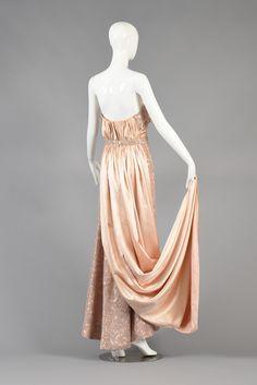 Circa 1952 Pierre Balmain Demi Couture Lace Evening Gown with Train image 8    jαɢlαdy