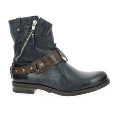 marque #COCO_ABRICOT modèle COGNAC couleur #Bleu Fiche produit : http://www.bessec-chaussures.com/chaussures-femme-coco-abricot-bottines-et-boots-cognac-bleu.html  Disponible en ligne www.bessec-chaussures.com sur et dans les magasins #Bessec chausseur depuis 1862
