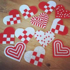 Christmas ornaments hama beads by jasminsin_ More