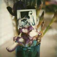 A good few of the Modernist masters seem to have turned their hand to the polaroid at one point or other. Andre Kertesz nearly always se. Andre Kertesz, Minimalist Photography, Urban Photography, Color Photography, Classic Photography, Budapest, New York City, Willy Ronis, Robert Doisneau