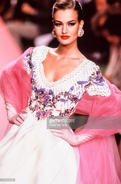 Karen Mulder walks the runway at the Valentino Haute Couture Fall/Winter 1991-1992 fashion show during the Paris Fashion Week in July, 1991 in Paris, France.