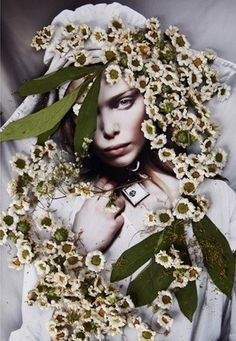 Photoshop Photography, Creative Photography, Flora Botanica, Photoshoot Themes, Vintage Gothic, Fashion Colours, Beauty Editorial, Floral Style, My Flower