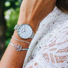 Ein Zeitmesser mit dem jeder geliebte Augenblick zur Ewigkeit wird. Daniel Wellington, Mesh, Pure Products, Watches, Silver, Fashion, Accessories, Moda, Money