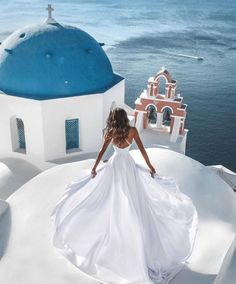 Santorini Goals 🇬🇷 Leave Your Comment. Santorini Travel, Santorini Wedding, Greece Wedding, Santorini Greece, Greece Travel, Mykonos, Greece Outfit, Greece Fashion, Greece Pictures