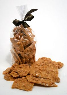 Sweet's Peanut Brittle: Sweet's offers chocolates, nuts, English toffee, caramel and chocolate apples, peanut brittle, caramel nut corn, pretzels, ladybugs, turtles and more – in Lake Forest near Chicago.