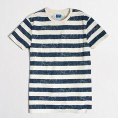<ul><li>Cotton.</li><li>Slim fit.</li><li>Rib trim at neck.</li><li>Chest pocket.</li><li>Machine wash.</li><li>Online exclusive.</li><li>Import.</li></ul>