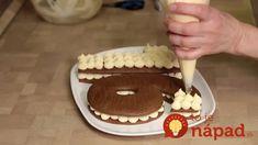 Cukrárka ukázala geniálne triky na zdobenie dezertov, za ktoré by ste si v cukrárni poriadne priplatili: Túto nádheru zvládnete celkom sami! Pavlova, Tiramisu, Marshmallow, Food And Drink, Cookies, Breakfast, Ethnic Recipes, Desserts, Cake Ideas