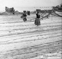 "George Pickow, ""Beach Nets"", 1950, Nazaré. Hulton Archive"