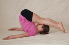 Yoga para Crianças Felizes: Jogos com a Postura do Arado!