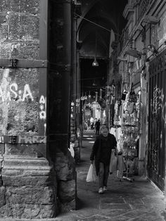 Pinterest Tumblr, Naples, Facebook, Twitter