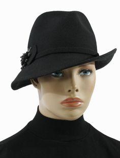 1f42ffd243136e Damen Wollfilz Hut Asym schwarz Fine Damen Filzhut Asym G. Müller Ein  Hütchen frech und