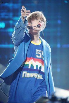 Taehyung Record Producer, Original Image, Korean Singer, Boy Groups, Taehyung, Graphic Sweatshirt, Sweatshirts, Boys, Twitter