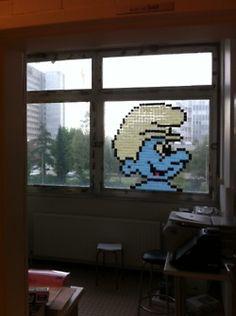 Cool Post-It Note Office Art pics) Space Invaders, Art Post-it, Post Its, Post It Art, Boss Show, High School Art, Office Art, Grafik Design, Pixel Art