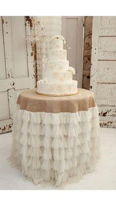 Beautiful cake table linens!