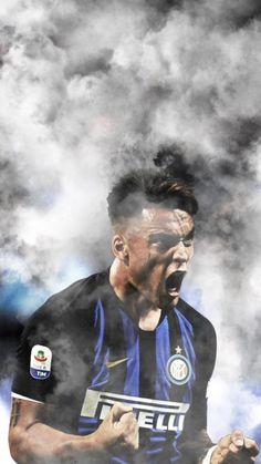 Lautaro Martínez 😍💙🖤 Isco Real Madrid, Milan Football, Football Players, Fifa, Blues, Soccer, Racing, Good Things, Sports