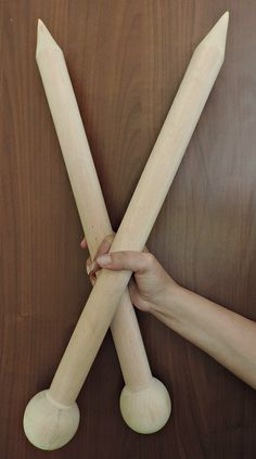 Giant Knitting Needles 40 mm by JennysKnitCo