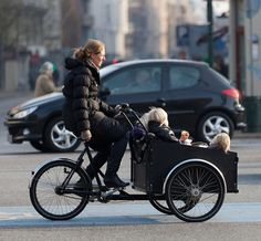 It is possible to safely get around with a family without having to own a SUV - Copenhagen