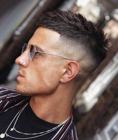 Best Short Hairstyles For Men - Best Short Haircuts For Men: Cool Short Hairstyles For Guys, Popular Men's Haircuts For Short Hair styles for men Short Textured Haircuts, Cool Hairstyles For Men, Best Short Haircuts, Cool Haircuts, Hairstyles Haircuts, Textured Hairstyles, Barber Haircuts, Guy Haircuts, Mens Hairstyles Fade