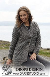 """DROPS 110-29 - Knitted DROPS Jacket in """"Eskimo"""" with berry pattern. Size S - XXXL. - Free pattern by DROPS Design"""