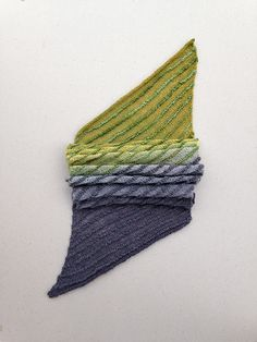 PROMOtion: Spend $15.00 or more in theKTstudio Ravelry store and receive 20% discount on entire purchase. Thank you and happy knitting!