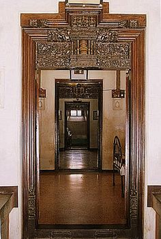 Apartment door entrance india 49 super Ideas - Image 10 of 25 Apartment Entryway, Diy Apartment Decor, Apartment Interior, Apartment Ideas, Living Room Themes, Indian Living Rooms, Indian Home Interior, Indian Interiors, Chettinad House