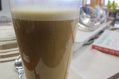 "Butterkaffee ""Ethiopian Style"" - Frühstück - 1 Tasse heißer Kaffee, 1-2- EL Butter, Ghee oder Sahnefett"