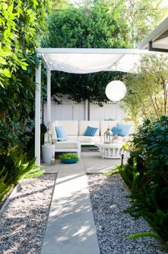 traditional patio by Molly Wood Garden Design. I like the fabric/lamp on the pergola. Backyard Canopy, Pergola Patio, Backyard Landscaping, Landscaping Design, Gravel Patio, Diy Patio, Backyard Patio, Patio Ideas, Gazebo Canopy