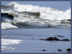 Incoming tide in Newport Oregon