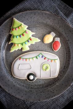Airstream Camper Christmas Cookies + Sugar Cookies & Royal Icing