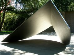Ellsworth Kelly 'Untitled', 1983, Dallas Museum of Art, Sculpture Garden     See the best #Artistic shows in     Manhattan with https://www.artexperiencenyc.com