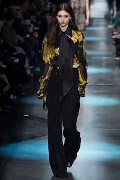 For the Love of Fashion: Fall 2015 Ready-to-Wear Roberto Cavalli / Style.com