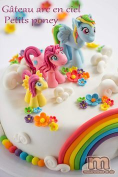 Je n'échappe pas à la tradition du gâteau décoré pour l'anniversaire de ma petite lutine. J'avoue que j'étais assez réticente à faire ce...
